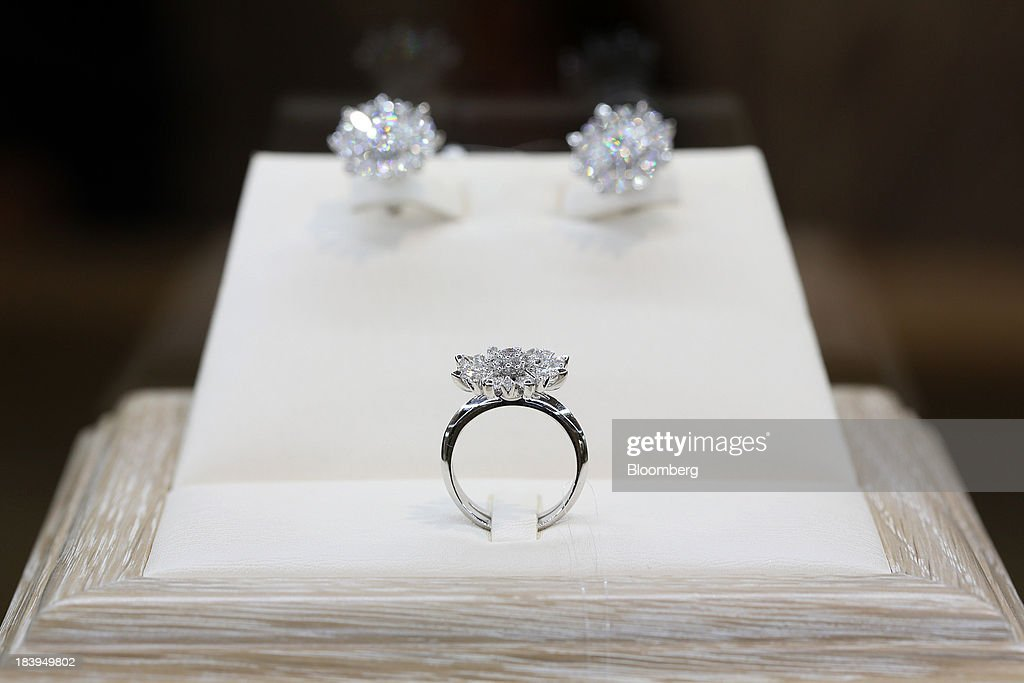 Inside A Kristall Production Corp. Luxury Diamond Store Photos and ...