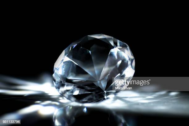 diamond stone - stone object stock pictures, royalty-free photos & images