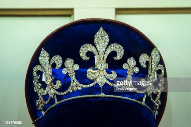 A diamond tiara is displayed at Sotheby's auction house October 12 2018 in New York City The collection of aristocratic jewels belonging to the...