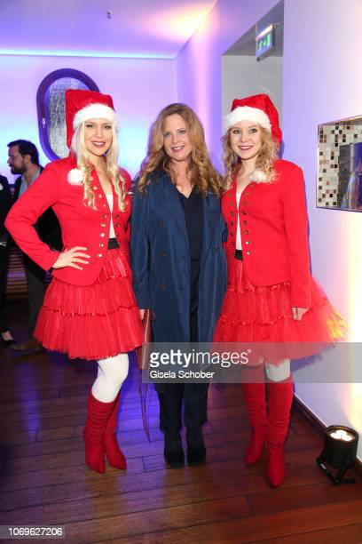 Diana Amft with Santa Claus ladies during the ARD advent dinner hosted by the program director of the tv station Erstes Deutsches Fernsehen at Hotel...