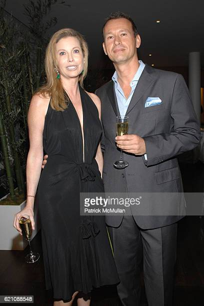 Diana Douglas and Paul Hindle attend Manhattan Club Birthday Dinner for TATIANA PLATT at Manhattan House on May 27 2008 in New York City