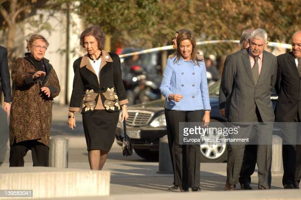 Diana Garrigosa Queen Sofia of Spain Minister of Health Ana Mato and Pasqual Maragall visit the Pasqual Maragall Foundation at Barcelona Biomedical...