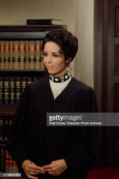 Diana Hyland appearing in the ABC tv series 'Owen Marshall, Counselor at Law'.