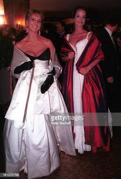 Diana Körner Lara Körner 'Deutscher Filmball 1997' München Bayern Deutschland Europa Hotel 'Bayerischer Hof' Abendkleid Mutter Tochter