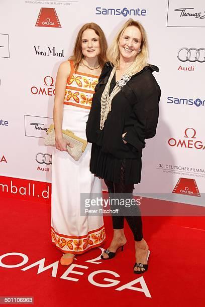 """Diana Körner, Tochter Jenny-Joy Kreindl, 38. """"Deutscher Filmball"""", Hotel """"Bayerischer Hof"""", München, Bayern, Deutschland, Europa, roter Teppich,..."""