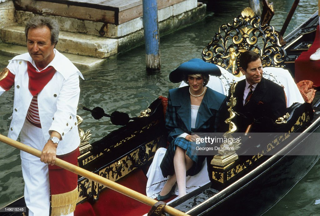 Diana And Charles In Venice : News Photo