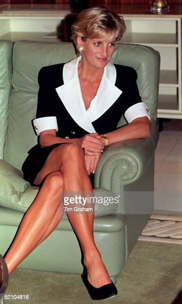 Diana, Princess Of Wales, At A Meeting With Paula Dos Santos, The Wife Of The Angolan President In Luanda, Angola.