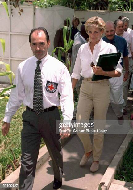 Diana Princess Of Wales At An International Red Cross Briefing In Luanda Angola