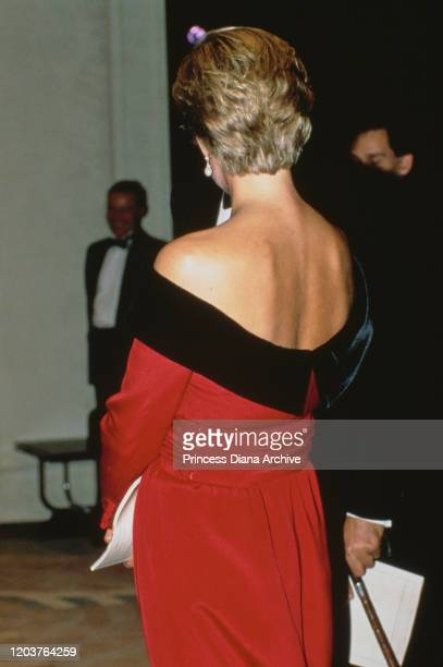 Diana Princess of Wales at the Aldwych Theatre in London for a production of the play 'Private Lives' by Noel Coward September 1990 She is wearing a...