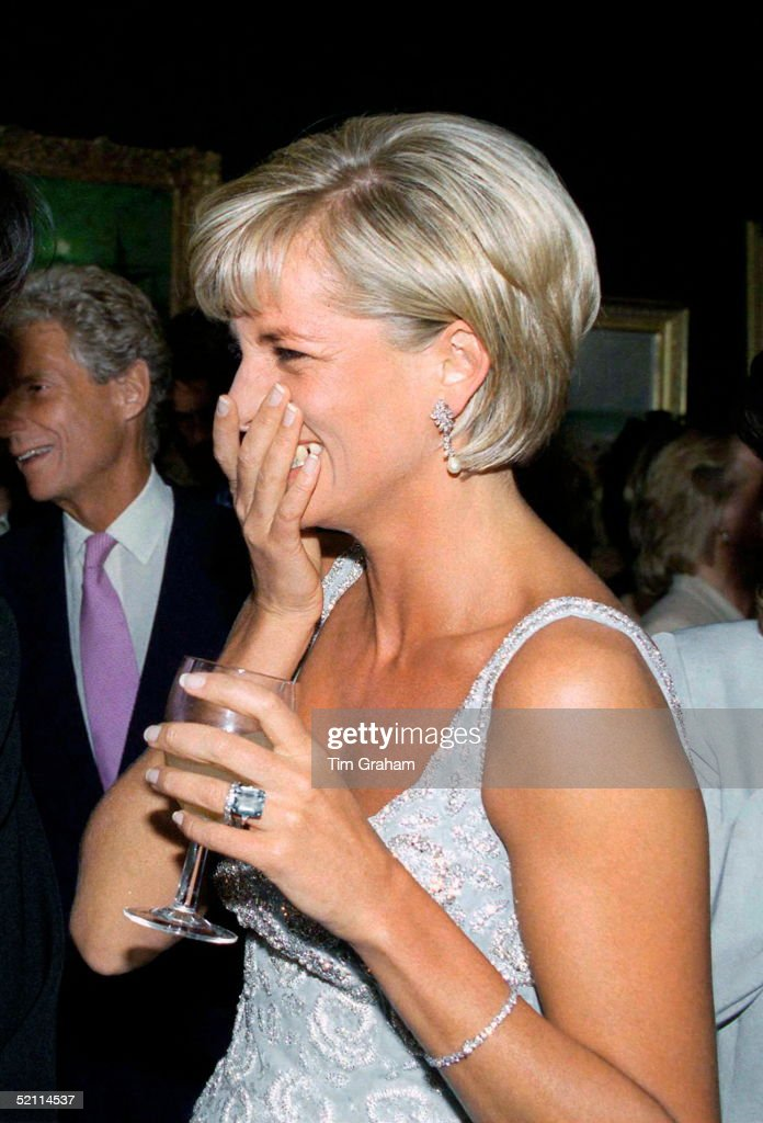 Diana Giggling : News Photo