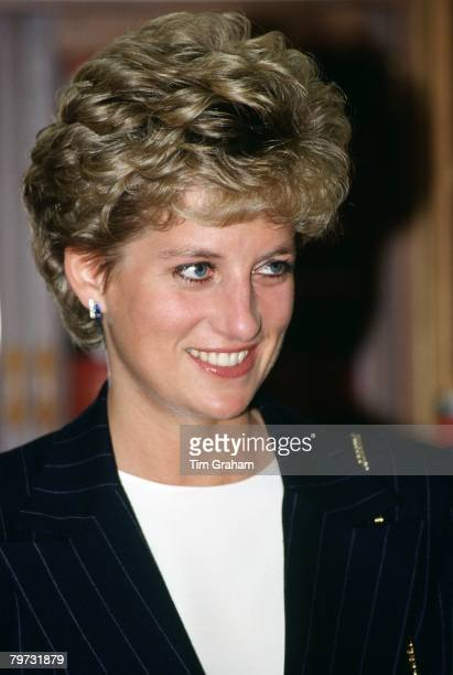 princess diana haircut photos princess diana haircut photos et images de collection 6139