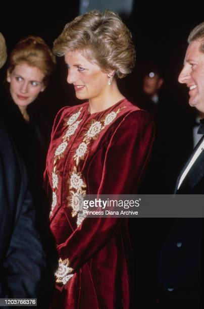 Diana Princess of Wales at the premiere of the film 'Steel Magnolias' at the Odeon Leicester Square in London 7th February 1990 American actress...