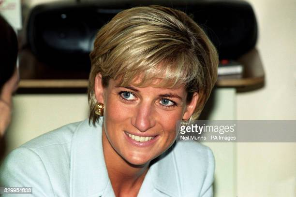 Diana Princess of Wales at the Royal Brompton Hospital where she visited Cystic Fibrosis patients 31/8/97 The Princess was killed in a car crash in...