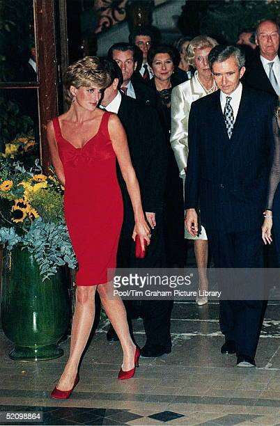 Diana Princess Of Wales Attending A Dinner In Aid Of The Great Ormond Street Hospital At The Foundation Claude Pompidou Paris France The Princess Is...