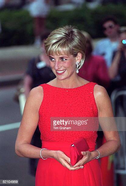 Diana Princess Of Wales Attending A Gala Dinner In Washington Held By The American Red Cross To Raise Funds For Landmine Victims Around The World...