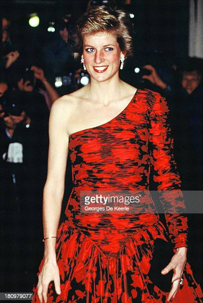 Diana Princess of Wales attends a concert at the Royal Albert Hall on October 18 1989 in London England The princess wears a Catherine Walker evening...