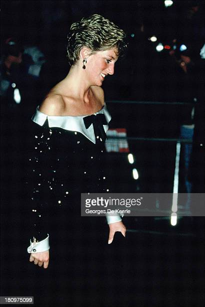 Diana Princess of Wales attends a concert at the Royal Opera House in Covent Garden on February 13 1991 in London England