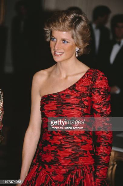 Diana Princess of Wales attends a dinner at the British Embassy in Paris France hosted by the British Ambassador to France November 1988 She is...
