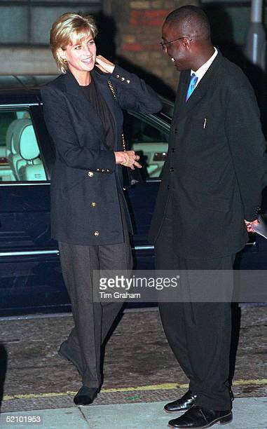 Diana Princess Of Wales In Her Role As Patron Visiting Centrepoint To See The Cold Weather Project For Homeless Young People In Kings Cross She Is...