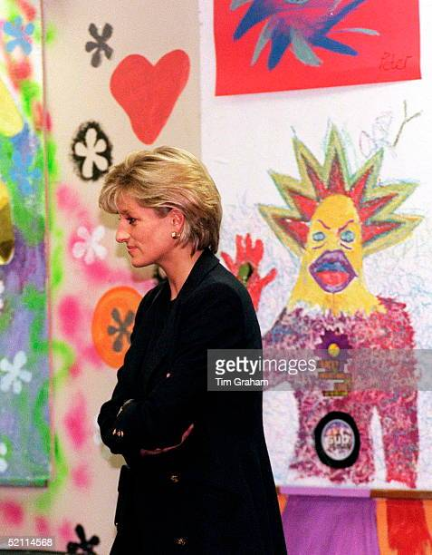 Diana Princess Of Wales In Her Role As Patron Visits 'centrepoint' To See The 'cold Weather Project' For Homeless Young People In London's Redlight...