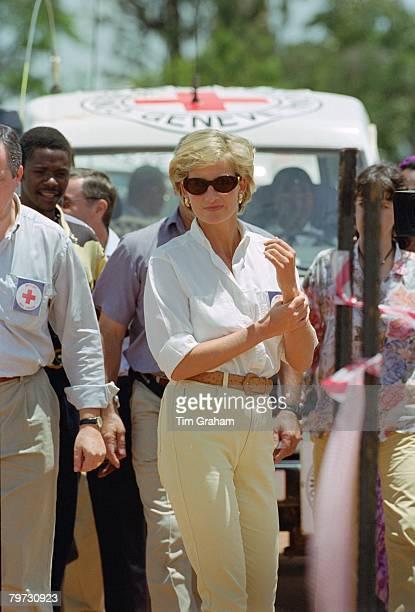 Diana, Princess of Wales in Huambo, Angola