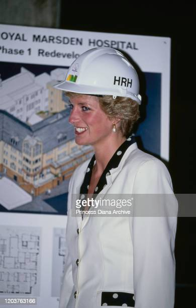 Diana Princess of Wales lays a ceremonial foundation stone at the Royal Marsden Hospital in London 6th June 1990 She is wearing a suit by Paul...