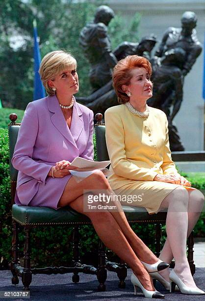 Diana Princess Of Wales Making An Antilandmines Speech At The Red Cross Headquarters In Washington With Elizabeth Dole