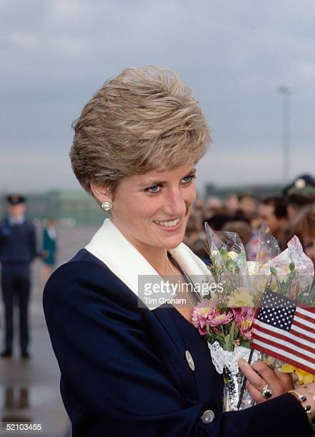 Diana Princess Of Wales Meeting Members Of The Crowd During Her Visit To Raf Scampton