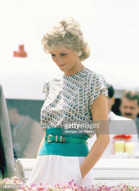 Diana Princess of Wales on a river cruise during her official visit to Bangkok In on February 4 1988 in Bangkok Thailand