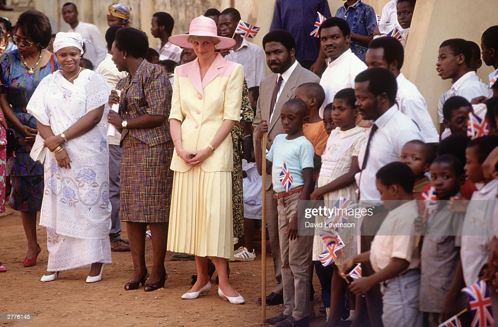Diana Princess of Wales on a visit to Cameroon : News Photo