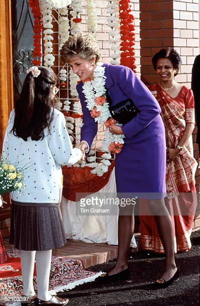 Diana Princess Of Wales Opening The Sangam Association Of Asian Women's New Community Centre And Shaking Hands With A Young Girl Who Presented Her...