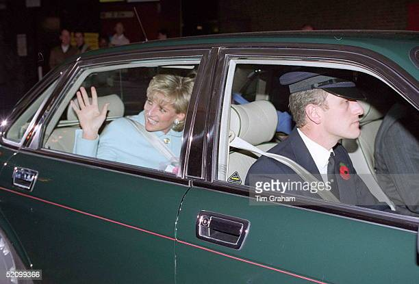 Diana Princess Of Wales Patron Help The Aged Leaving The London Hilton After Presenting The Help The Aged Tunstall Golden Awards Princess Diana Is...
