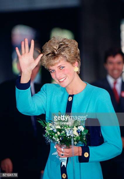 Diana Princess Of Wales Patron Of The Charity Relate Waving As She Arrives For Their Conference At The Q Elizabeth Hall On 12th Or 13th October 1992