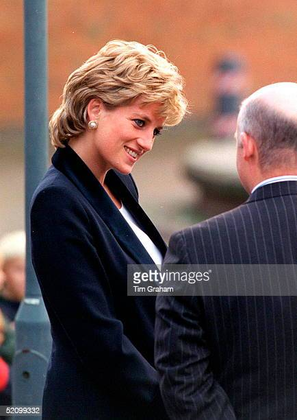 Diana Princess Of Wales Patron Of The Charity Turning Point Opening The Richard Dadd Centre At Broadmoor Hospital In Crowthorne Berkshire