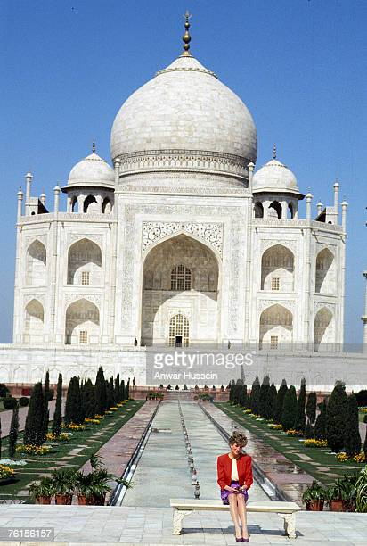 Diana Princess of Wales poses in front of the Taj Mahal in February 1992