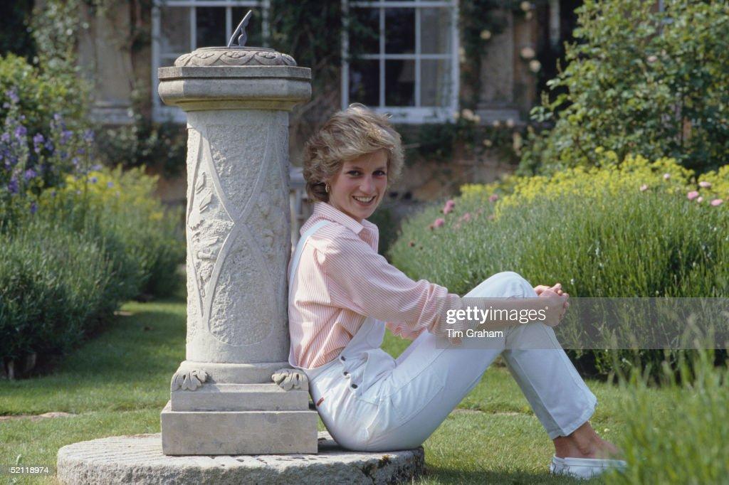 Diana At Home Highgrove : News Photo