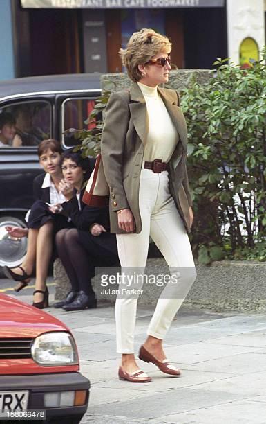 Diana, Princess Of Wales, Shopping In Knightsbridge, London.