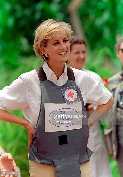 Diana Princess Of Wales Visits A Minefield Being Cleared By The Charity Halo In Huambo Angola Wearing Protective Body Armour And A Badge For The Red...