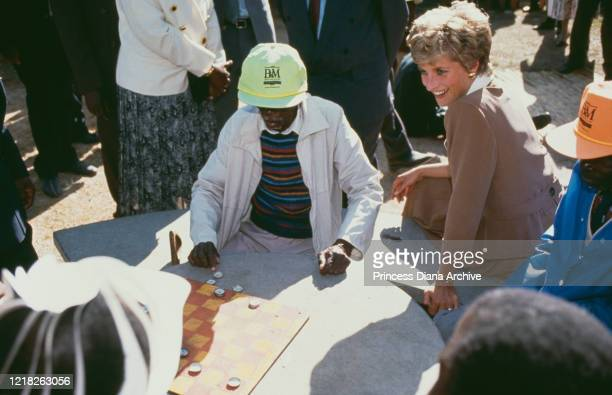 Diana, Princess of Wales visits the Highfield Home for the Aged and Destitute in Harare, Zimbabwe, 11th July 1993.