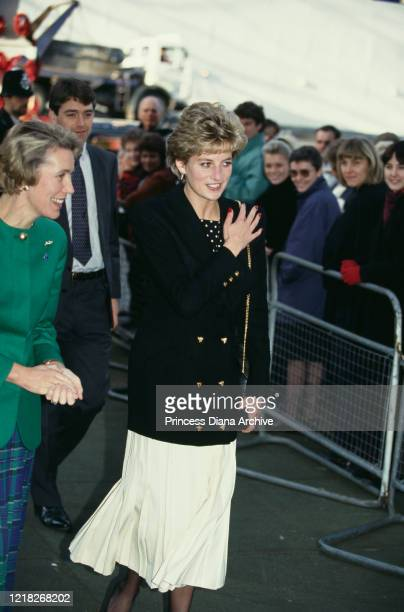 Diana, Princess of Wales visits the Ministry of Health in Whitehall, London, with Health Secretary Virginia Bottomley , 26th November 1992.