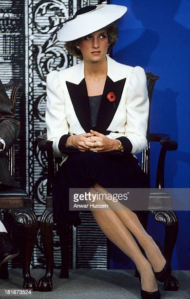 Diana Princess of Wales wearing a Catherine Walker black and white outfit and a Freddie Fox hat visits the National Gallery of Art on November 10...