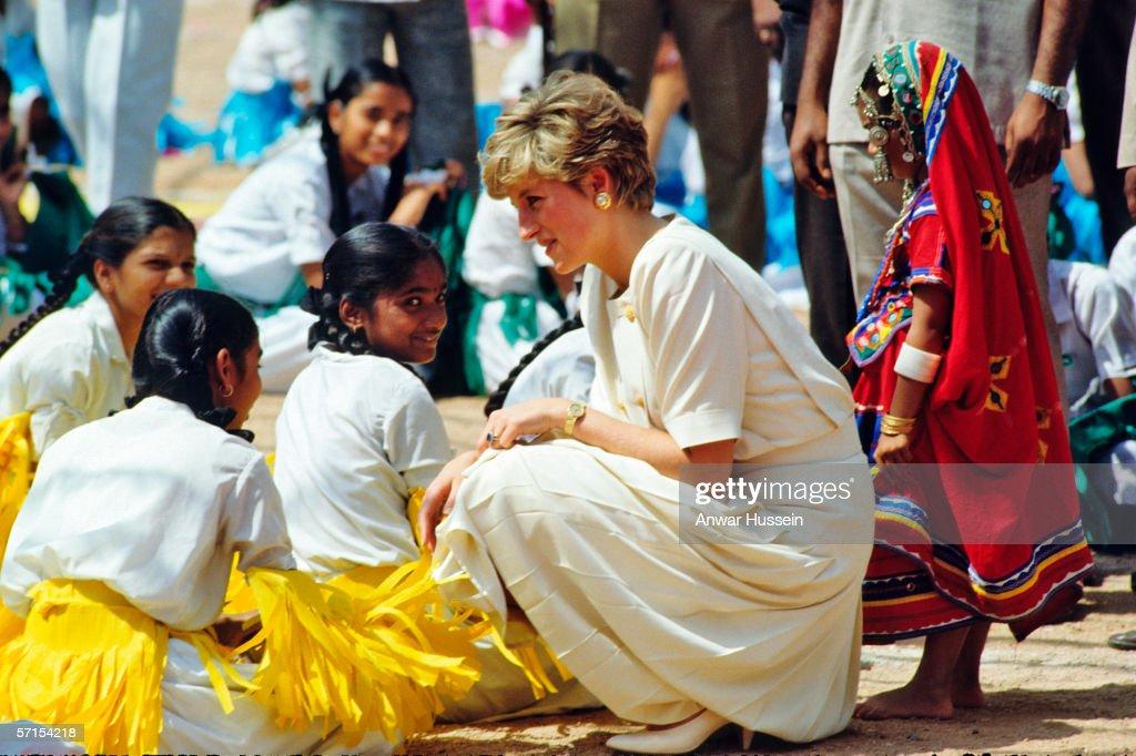 Princess Diana the Princess of Wales visits India : News Photo