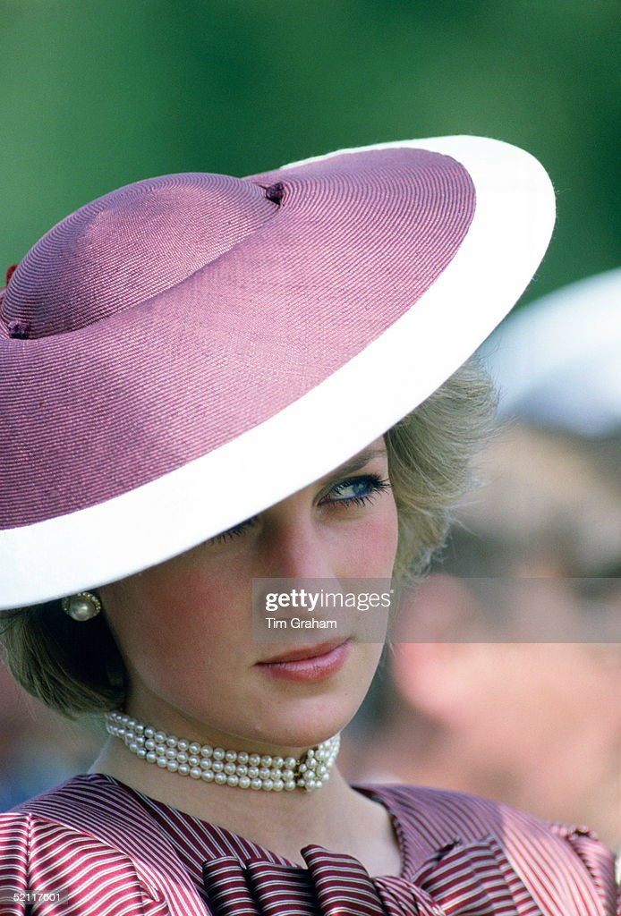 Diana Princess Of Wales Wearing A Flying Saucer Style Hat By Milliner Frederick Fox (freddie) For A Visit To Anzio In Italy
