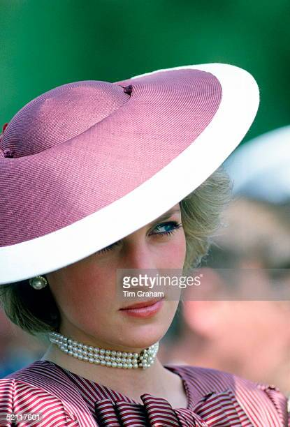 Diana Princess Of Wales Wearing A Flying Saucer Style Hat By Milliner Frederick Fox For A Visit To Anzio In Italy