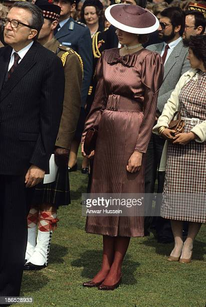Diana Princess of Wales wearing a Catherine Walker dress and a Freddie Fox hat visits Anzio cemerery on April 28 1985 in Anzio Italy