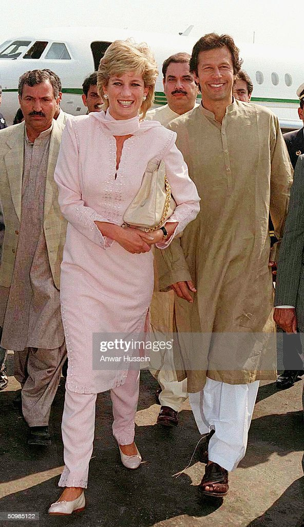 FILE PHOTO:  Imran And Jemima Khan Divorce : News Photo