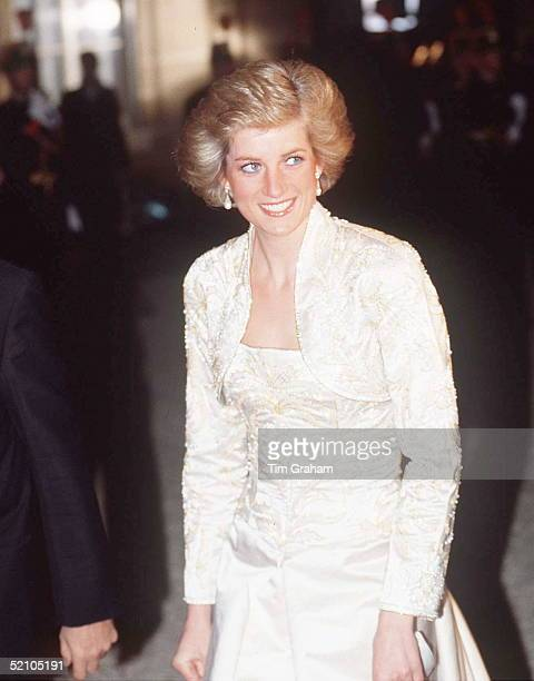 Diana, Princess Of Wales Wearing A White Beaded Dress And Bolero Designed By Fashion Designer Victor Edelstein For A Banquet Hosted By President...