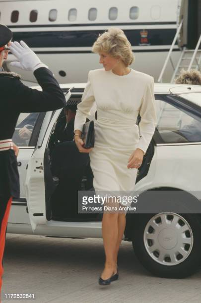 Diana, Princess of Wales wearing a white dress by Victor Edelstein during a visit to Liverpool, UK, August 1987.