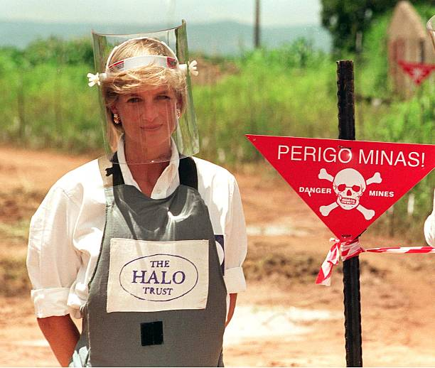 UNS: In The News: Princess Diana's Anti-Landmine Work