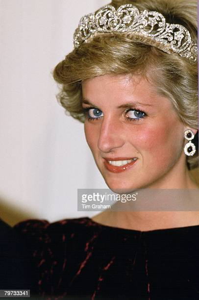 Diana, Princess of Wales wears the Spencer tiara to a banquet in Canberra, Australia